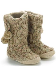 would love a pair of slipper boots like this!    ***Hint hint they have ones that are cute at old navy***