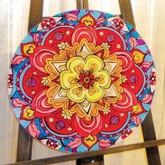 mandalas cuadros vidrio redondos 60cm armonía reiki yoga Mandala Art, Mandala Design, Bright Painted Furniture, Mindfulness Art, Henna Drawings, Chalk Paint Projects, Hippie Home Decor, Colorful Pictures, Painting On Wood