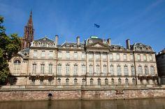 Palais de Rohan - Strasbourg, France. Vue de l'Ill