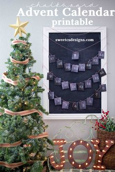Chalkboard Advent Calendar Printable at sweetcsdesigns
