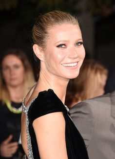 Gwyneth Paltrow lança coleção de maquiagem orgânica