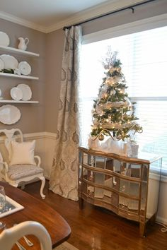 Adventures in Decorating: Our 2014 Dining and Sitting Rooms ... // 4ft tree!!!  Love.