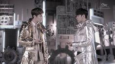 TVXQ! 동방신기_Humanoids_Music Video