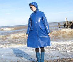 Blue pvc mac with matching wellington boots. Blue Raincoat, Pvc Raincoat, Raincoat Jacket, Hooded Raincoat, Girls Wear, Women Wear, Imper Pvc, Rubber Raincoats, Boots