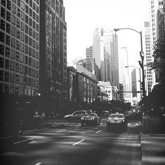 bengtssonsofia@ instagram. #latergram #usa #unitedstates #america #chicago #blackandwhite #bw #blackandwhitephotography #skyscrapes #city #skyline #highrisebuildings #bigcity #taxi #cab #iphone #sweden #swedish #sverige #instagram #statigram