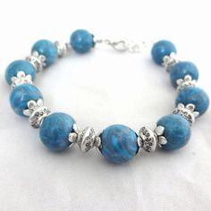 Bracelet bleu en pâte polymère fimo