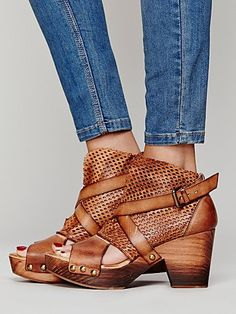 looks cute - They have me with the 'clog' style - Take me back - I still have some that I got in Sweden when I was 15 !!! - Seriously though, these are great - Spring in to Summmer -