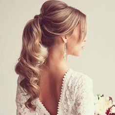 Hairstyle / intricate neckline hair idea - Pretty #Ponytail l #date-night hairstyle