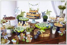 Detalhe festa picnic nas cores azul marinho, azul claro, verde limão e branco. www.ramosdecor.com.br