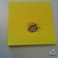 Per la serie post-it & ufficio, oggi presentiamo il senso dell'universo in un giro di penna!   #postit #giallo #universo #senso #penna