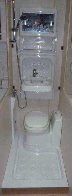 Caravan/Motorhome Magnum Shower Room Kit A (Left Hand, Electric Toilet)