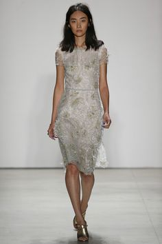 Jenny Packham Spring 2016 Ready-to-Wear Collection Photos - Vogue   The diversity of this Jenny Packham runway show--could definitely be better  http://www.vogue.com/fashion-shows/spring-2016-ready-to-wear/jenny-packham/slideshow/collection#13