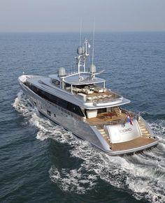 COMO superyacht - aft view