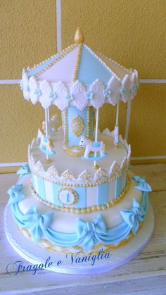 First Birthday Cakes - Carousel cake