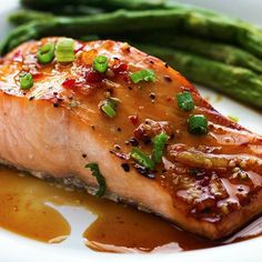 Ingredients     4 (6 oz) pieces of salmon   ¼ cup sweet chili sauce   1½ Tablespoons Orange Marmalade   3 Tablespoons soy sauce   2 Tablespoons green onion, minced   1 clove garlic, minced   salt and pepper          Instructions     In a shallow