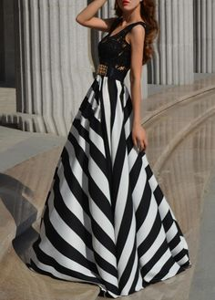 Black & White Stripe Dress  Oh my good gracious!! This is incredible! I would like to wear this dress!!! Loooove! -Amy