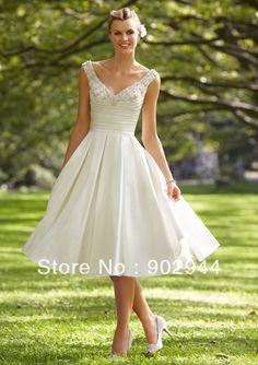 princess beach White/ivory A line short with crystal v neck knee length 2013 wedding dress/bridal gown free shipping plus size-in Wedding Dresses from Apparel & Accessories on Aliexpress.com