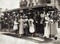 Willy Römer, Offener Sommerwagen der Straßenbahn in Berlin, 1908.