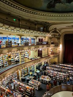 Theatre turned bookstore - this looks absolutely amazing and I want to go here.