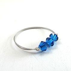 Bague anneau en perles swarovski bleu roi : Bague par brin-de-perle