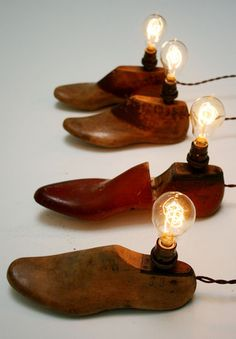 Vintage Shoes Vintage Shoe Form Lamp by Faithful Roots: 10 of a kind - Rustic Lighting, Vintage Lighting, Lighting Ideas, Lampe Retro, Schuster, Shoe Molding, Shoe Stretcher, Ideas Prácticas, Old Shoes