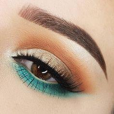 gold lid, warm crease, pop of turquoise on the lower lashline extending outwards. @morphebrushes x  @jaclynhill summer eye makeup: @xelliiss