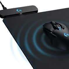 Logitech's Powerplay Mousepad Makes Perfect Use of Wireless Charging Technology