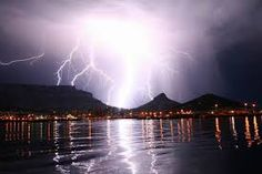 Table Mountain, Cape Town, South Africa, 11 May 2010 Mother Earth, Mother Nature, Pictures Of Lightning, Thunder And Lightning, Table Mountain, Meteor Shower, Thunderstorms, Cape Town, Wonders Of The World