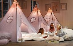 sleepover beds Girls bedroom ideas- Go girlie! Sleepover Beds, Sleepover Party, Slumber Parties, Pajama Party, Girls Bedroom, Teenage Girl Bedroom Decor, White Bedroom, Bedroom Wall, Girls Tent