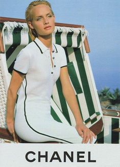 supermodels - Chanel Advertisement Amber Valletta, 1996 - Dress might got his inspiration from the tennis court - Chanel Fashion, 90s Fashion, Vintage Fashion, Fashion Trends, Tennis Fashion, Sport Fashion, Mode Tennis, Karl Otto, Style Année 90