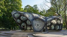 University of Stuttgart realized a carbon-fibre pavilion based on beetle shells — urdesignmag Biomimicry Architecture, Folding Architecture, Innovative Architecture, Amazing Architecture, Architecture Design, Gaudi, Definition Of Research, Shell Structure, Journal Du Design