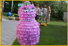 Tweedot blog magazine - pignatta barbabella. Barbapapa pinata diy for children.