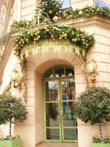 Ladurée Salon de Thé – Champs Elysées one of Paris' most well-known luxury pâtisseries