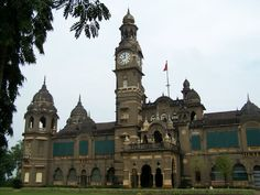 Shalini Palace – A Black Stone Palace - This palace is a symbol of past and was built in the year of 1931-34. At that time, the #palace was constructed at the then high cost of INR. 8 lakhs. The palace is named after the princess of #Kolhapur – Shrimant #ShaliniRaje. #travels #tourism #palace