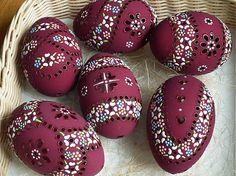 sada obsahuje 6 kusov husacích kraslíc, vajíčka sú už predané , ale môžem vyrobiť podobné...