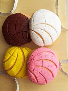 Concha Pan Dulce Polymer Clay Ornament Sets by SweetCraftJewelrySA
