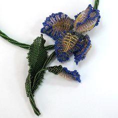 beautiful iris! Designer Julia Turova  Another iris!  Wonderful..