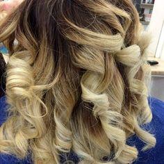 Velate color cuor di miele...NUOVETENDENZEparrucchieri RG STALYNG PER INFO È PRENOTAZIONI CHIAMA AALLO 0818715375 #hair #hairstyle #instahair #TagsForLikes.com #hairstyles #haircolour #haircolor #hairdye #hairdo #haircut #longhairdontcare #braid #fashion #instafashion #straighthair #longhair #style #straight #curly #black #brown #blonde #brunette #hairoftheday #hairideas #braidideas #perfectcurls #hairfashion #hairofinstagram #coolhair