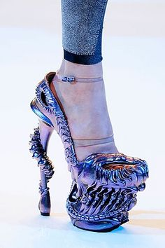 Alexander McQueen 2010-Holy crap, I'd want these just to show them off!!