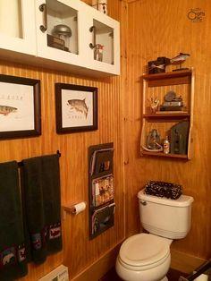 Rustic Cabin Bathroom Decor And DIYs Bathroom Decoration cabin bathroom decor Rustic Cabin Bathroom, Cabin Bathrooms, Rustic Bathroom Designs, Rustic Bathrooms, Bathroom Ideas, Rustic Wood Decor, Rustic Crafts, Rustic Vanity, Bathroom Styling