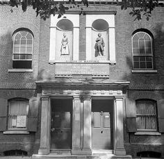 St John of Wapping School, Wapping. Eric de Mare, via English Heritage