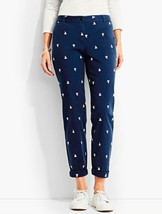 Talbots: The Weekend Chino Embroidered Sailboats Formal Pants Women, Pants For Women, Kurta Designs Women, Blouse Designs, Casual Fall Outfits, Stylish Outfits, Fashion Pants, Fashion Outfits, Clothes For Sale