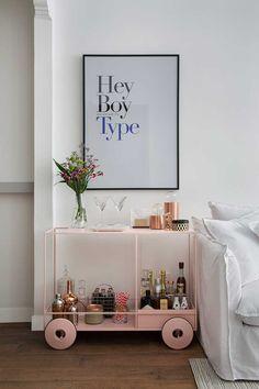 21 trendy home bar room designs Bar Cart Styling, Bar Cart Decor, Home Design, Bar Sala, Apartment Bar, Home Bar Rooms, Modern Home Bar, Gold Bar Cart, Metal Tree Wall Art