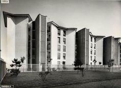 Quartiere Mangiagalli in Milan, Italy, by Ignazio Gardella & Franco Albini Fascist Architecture, Facade Architecture, Contemporary Architecture, Bauhaus, Art Deco, Building, Milan Italy, Architectural Styles, Condominium