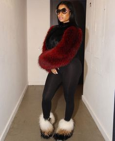 Nicki Minaj rocks a barely-there look for SNL surprise perfromance Nicki Baby, Nicki Minja, Nicki Minaj Barbie, Nicki Minaj Outfits, Rap, Kylie Jenner, Logo Coca, Trinidad Y Tobago, Young Money