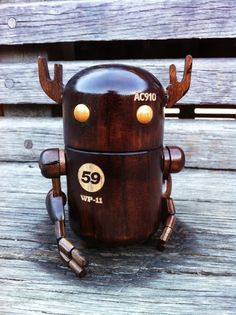 woodbot wood robot pilot north kingdom character