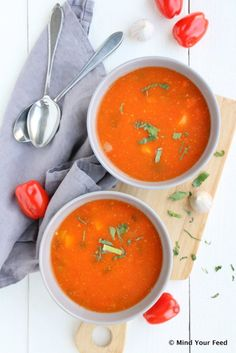 tomatensoep Soup Recipes, Cooking Recipes, Drink Recipes, Yummy Recipes, Healthy Slow Cooker, Happy Foods, Super Healthy Recipes, Soups And Stews, Love Food
