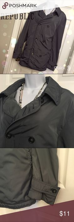 Banana Republic Coat Super cute banana republic coat! Perfect for fall and winter! Banana Republic Jackets & Coats