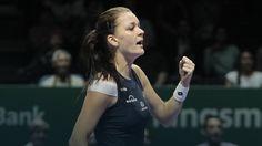 WTA Finals: fenomenalna Radwańska nadal ma szanse na półfinał