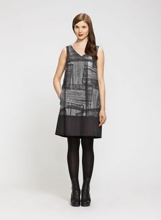 comfortable & easy to make Style Ideas, Style Inspiration, Marimekko, Window Shopping, Sewing Ideas, Headpiece, Dress Skirt, What To Wear, Print Patterns